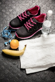 Training stuff at the crossfit gym