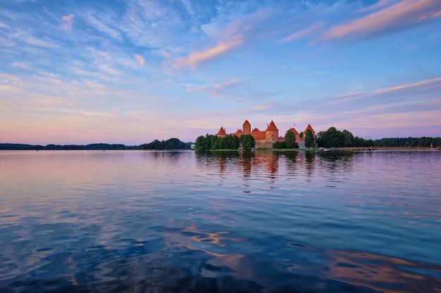 ガルベ湖、リトアニアのトラカイ島城