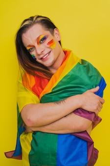 Мужской портрет транссексуала, концептуальная поддержка геев, лесбиянок, трансгендеров и против гомофобии