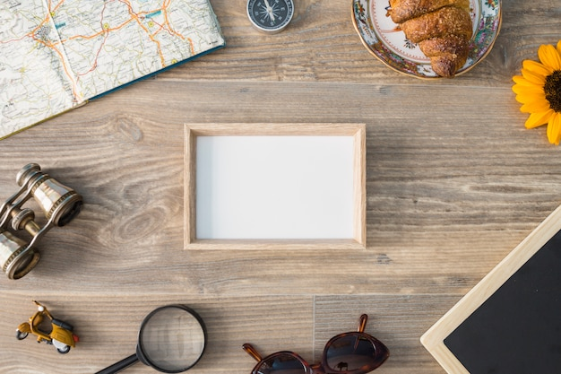 Travel composition with frame