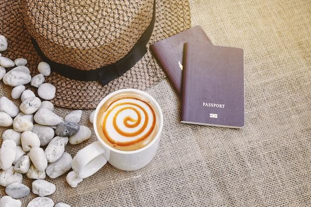 여행 컨셉 : 커피 카라멜 마끼아또