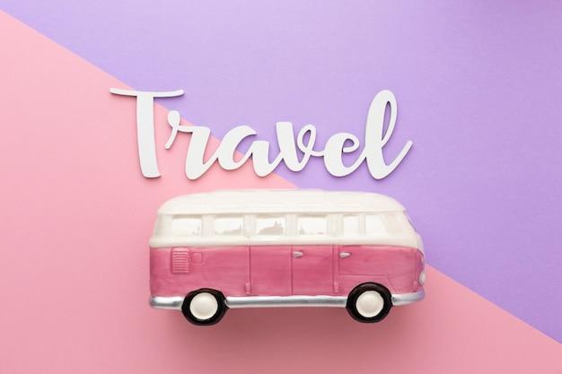 バスの上面図と旅行の概念
