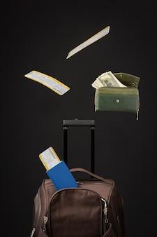수하물과 여권이 있는 여행 개념