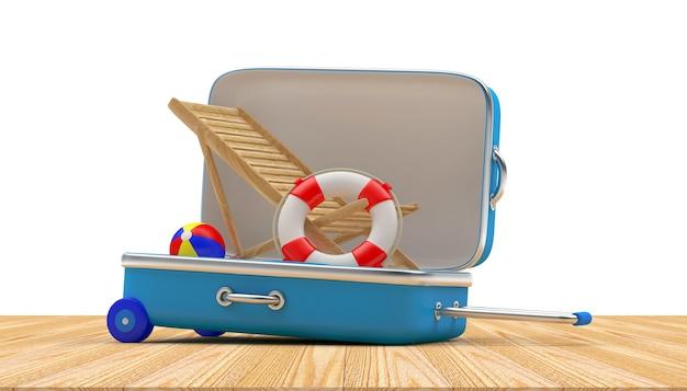 Дорожный чемодан наполнен деревянным шезлонгом и спасательным кругом.