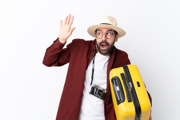 Путешественник человек с чемоданом