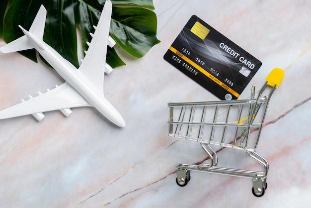 Travelwithショッピングカートの上面図のオンライン支払い