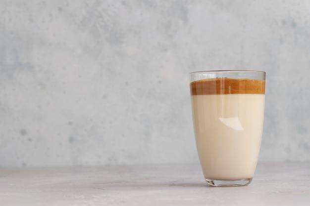 Тренд корейский напиток с кофейной пеной