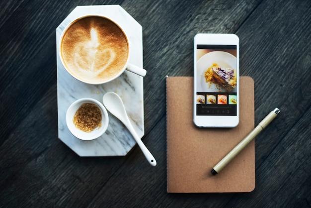 市内の流行のコーヒーショップ