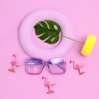Trendy glasses in geometric composition. minimal fashion flat lay art