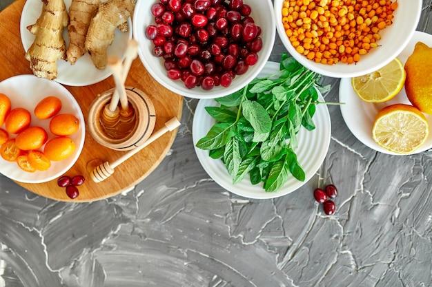 Модная еда для защиты от вирусов, коронавирус, концепция иммунитета.