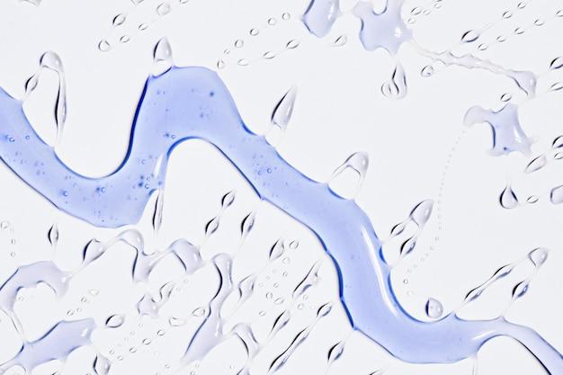 Trickle of violet water