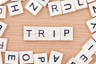 木製ブロックの旅行単語