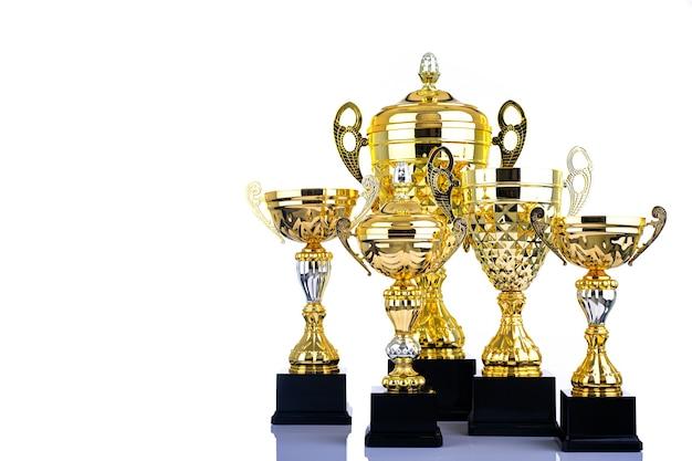 Трофей награждает объект для конкурса за ваш успех с белым фоном.
