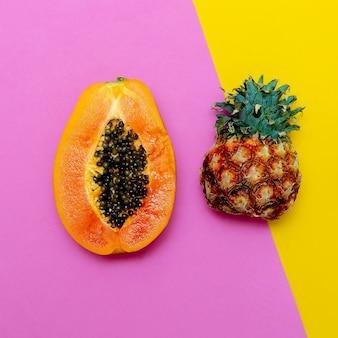 トロピカルフレッシュフルーツ。パパイヤパイナップルを混ぜます。