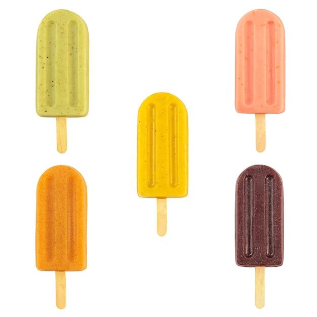 トロピカルフルーツのアイスキャンディーは、白い背景を分離しました。アサイ、パッションフルーツ、キウイ、グアバ、アセロラ。