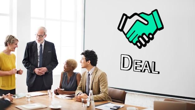 Fiducia handshake partnership cooperazione concept grafico