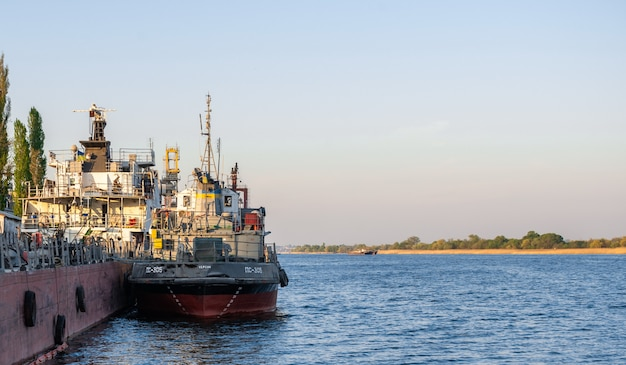 Tugboat on the dnieper river in kherson