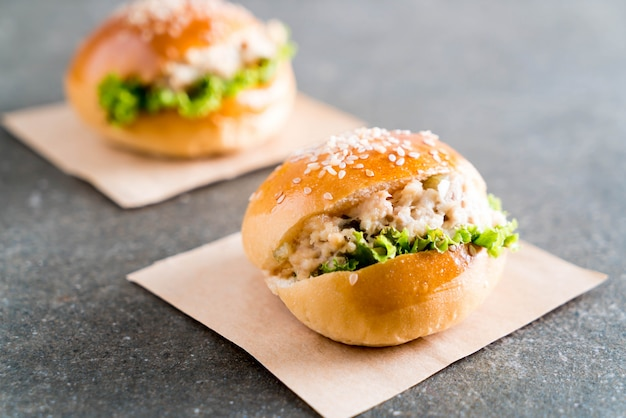 Tuna mini burger