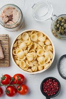 흰색, 최고보기에 참치 파스타 요리 재료