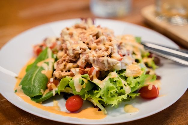 Tuna salad with various vegetebles