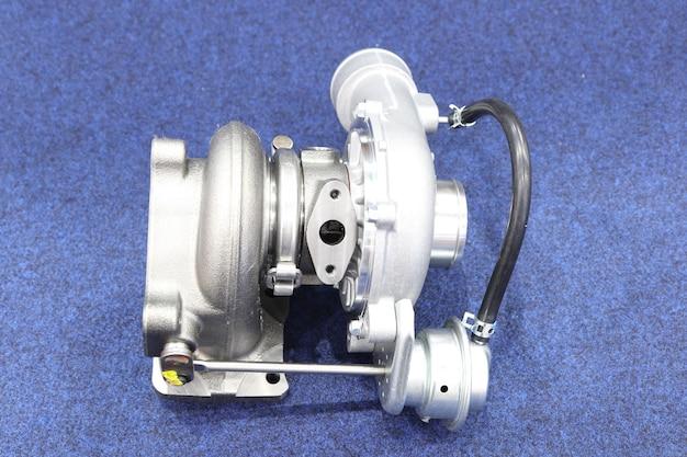 ディーゼルエンジン用ターボチャージャー構成部品;鉄、アルミニウム、鋼の鋳造および機械加工プロセスから作られています。