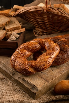 Turkish bagels with slices of bread in basket
