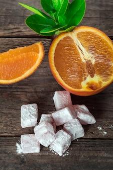 터키식 딜라이트, 오렌지 조각을 곁들인 동부 별미
