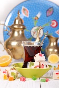 レモンとオリエンタルスイーツのトルコ茶