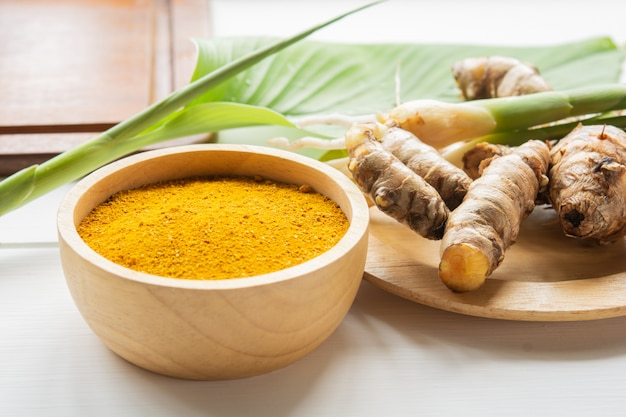 Turmeric and treatment for beautiful skin