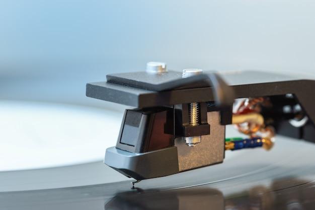 Turntable black vinyl headshell cartridge