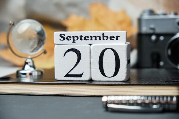 Двадцатый день осеннего календарного месяца сентябрь.