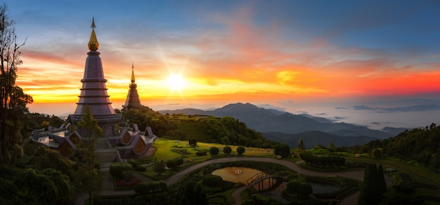 Твин пагода в doi inthanon национальном парке