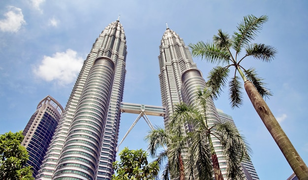 Twin towers petronas and sky bridge