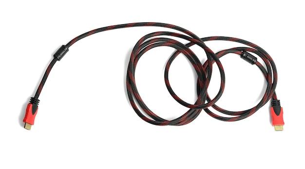 Витой кабель в текстильной черной оболочке на белом фоне, переходник hdmi, вид сверху