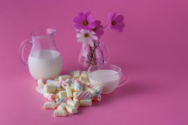 Витой зефир и молоко