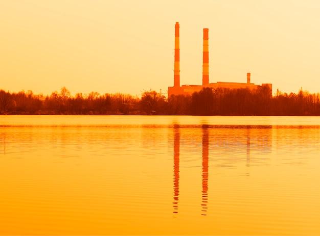 放射性発電所の背景hdの2つの煙突