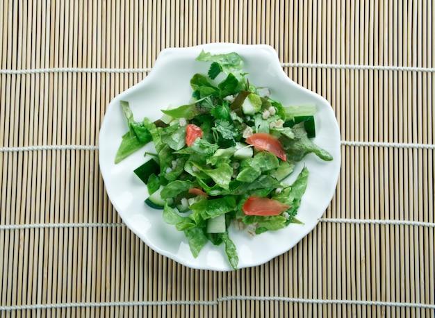 Улам - традиционные салатные травы малайзии.