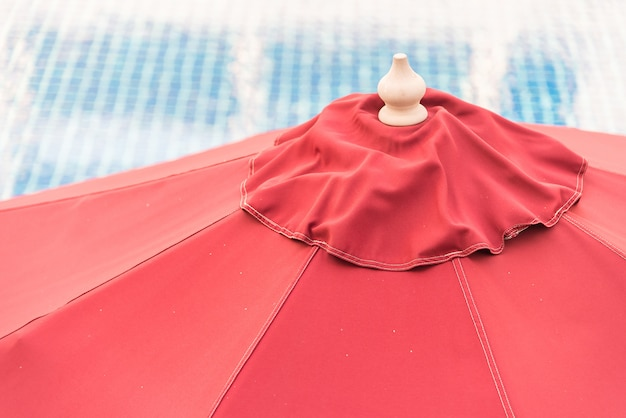 Зонт для бассейна
