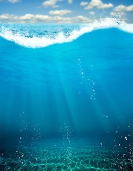 Подводный вид на глубокую синюю бездну