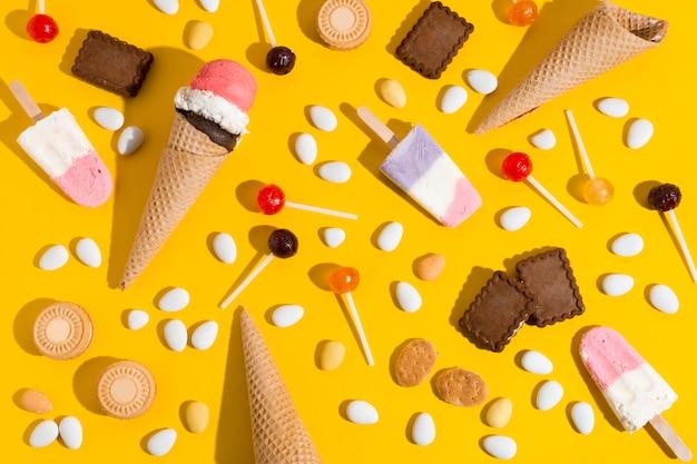 黄色の背景に不健康な食べ物
