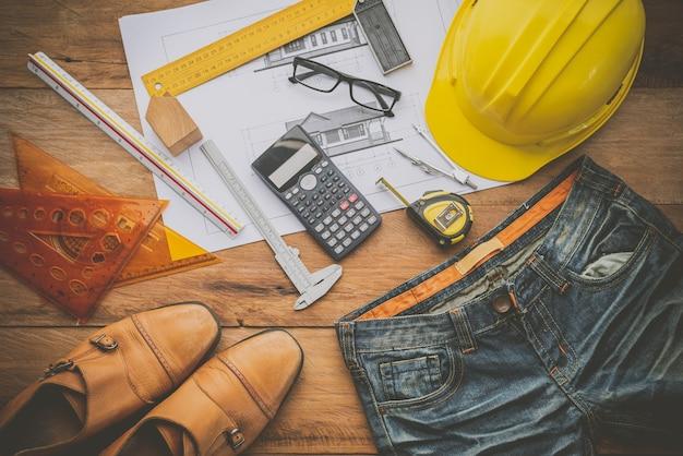 働くエンジニアの制服と装備 - コンセプトは男性