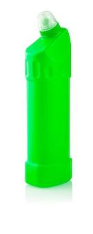 ユニバーサルクレンザー。液体洗濯洗剤、洗浄剤、漂白剤または柔軟仕上げ剤を含む緑色のペットボトルの写真-分離