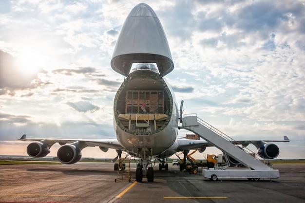 Unloading widebody cargo airplane