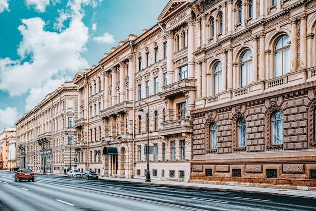 Городские и исторически красивые виды на санкт-петербург. россия.