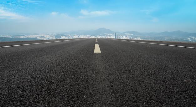 Городские дороги и архитектурный ландшафт в шэньчжэне
