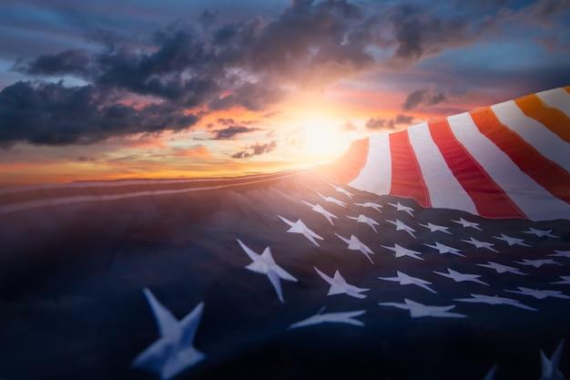 Американский флаг сша. для дня памяти в сша, дня ветеранов, дня труда или празднования 4 июля.