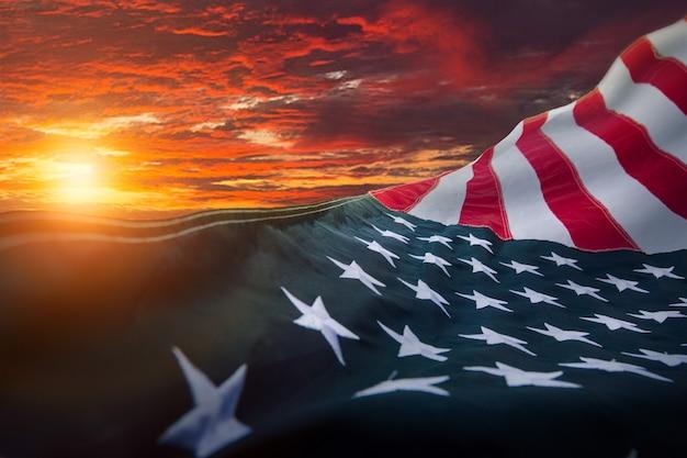 Американский флаг сша. для дня памяти сша, дня ветеранов, дня труда или празднования 4 июля.
