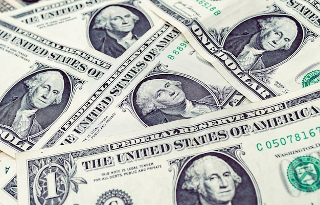가까이서 1달러의 미국 달러 지폐 사진