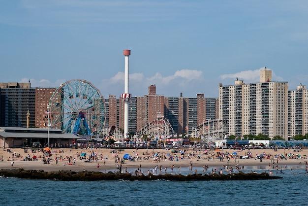 Usa new york island shore