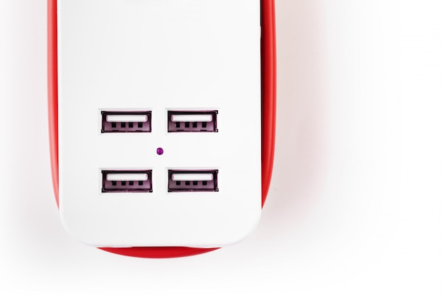 ガジェットや電子機器を充電するための電源コード付きusb電源ストリップ